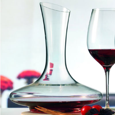Competition to win a Montana Cuvee Wine Decanter