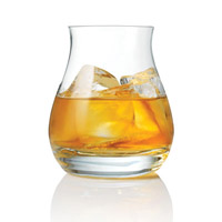 canadian-whisky-glass-with-ice