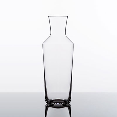 What Is The Difference Between A Wine Decanter And Carafe Wineware