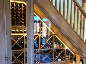 understairs-wine-006