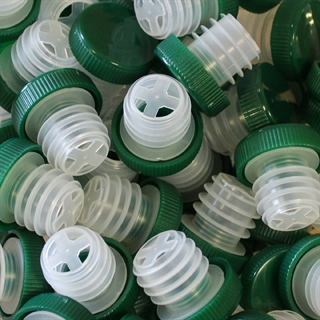 Wine Bottle Slow Pourers - Green - Set of 50